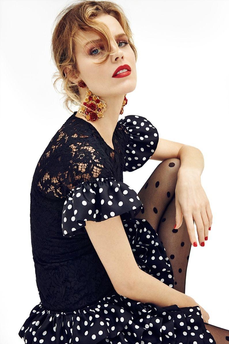 Ева Герцигова шокировала поцелуями с чешской актрисой