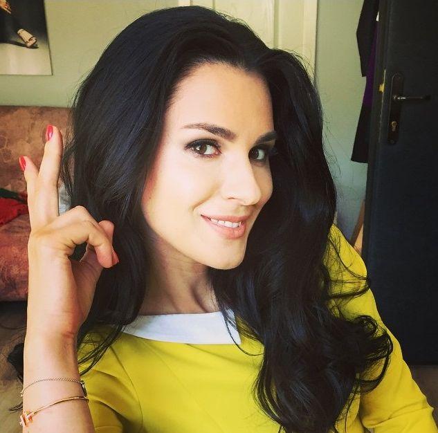 Маша Ефросинина с макияжем