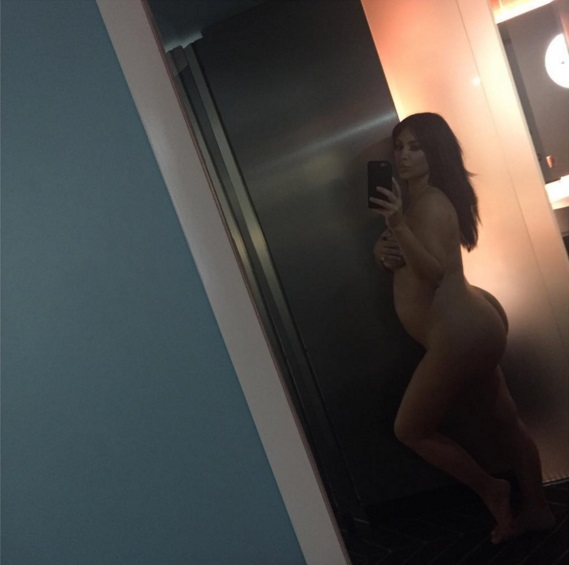 """Звезда сериала """"Секс в большом городе"""" раскритиковала Ким Кардашьян за откровенные фото"""