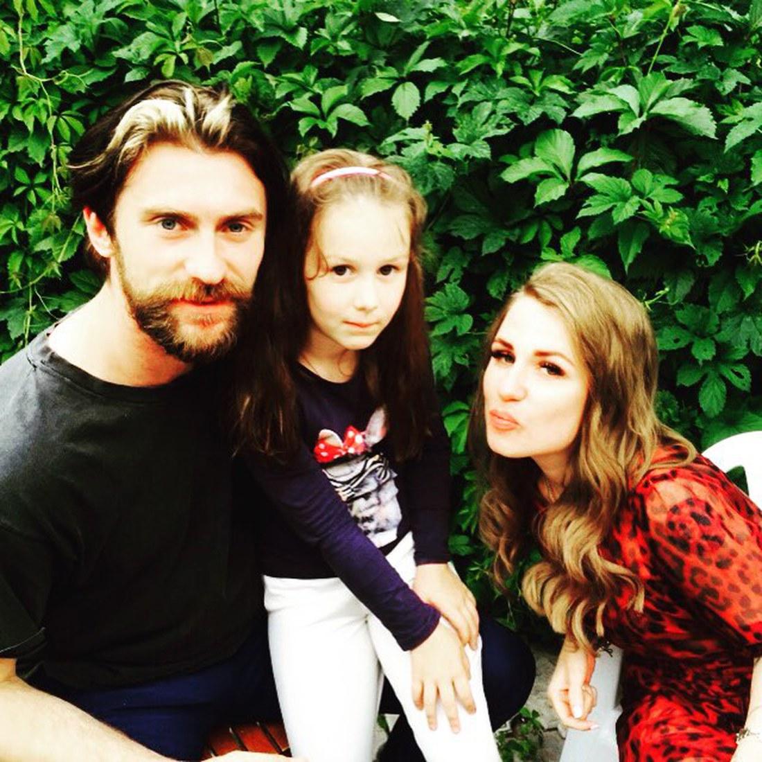 Валерия Гай Германика со своим супругом и дочерью Октавией