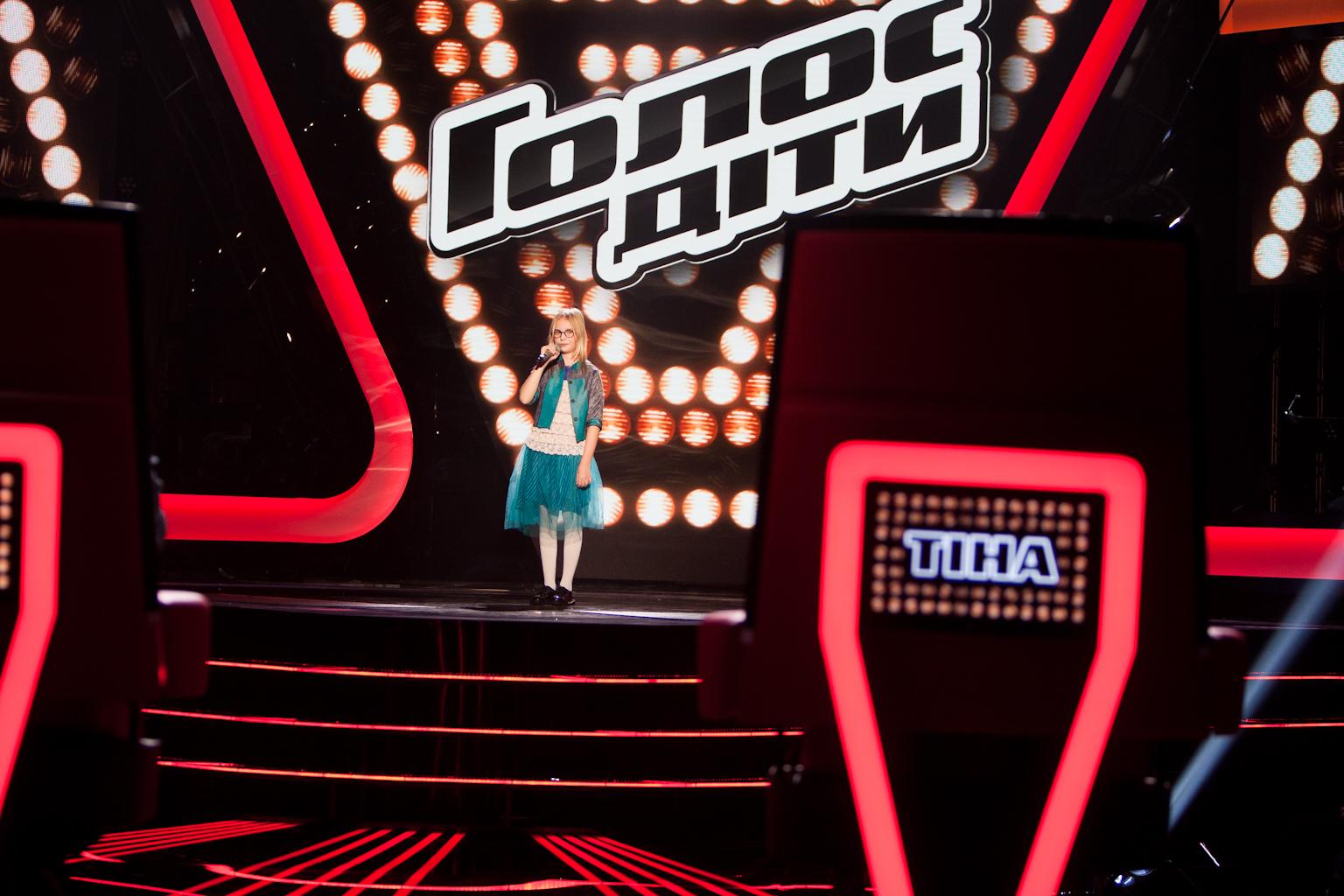 Дочь Арсения Яценюка София на шоу Голос.Дети-2