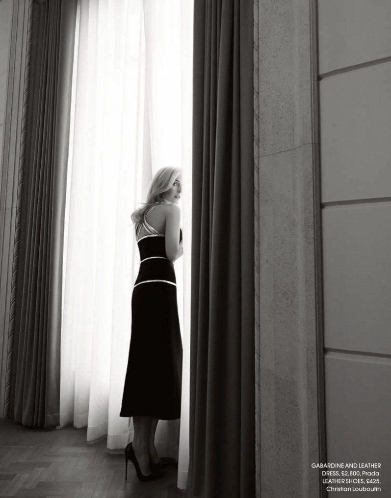 Джиллиан Андерсон блистает в новой фотосессии
