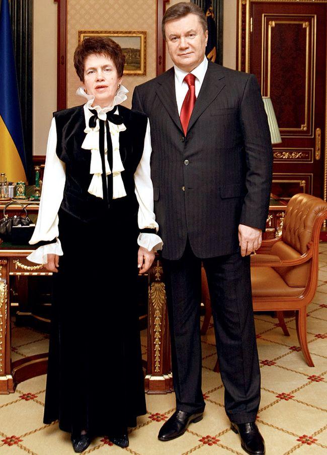 Янукович заявил о разводе с женой и рассказал о новой спутнице