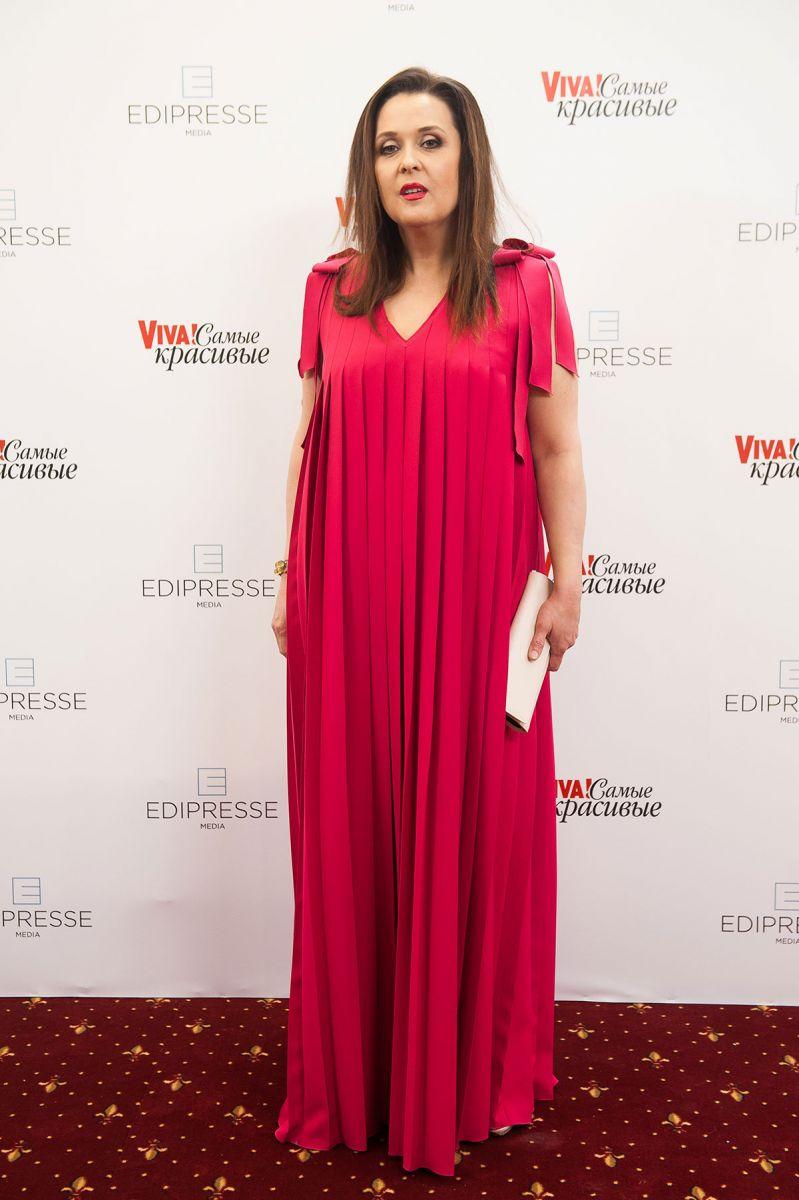 Главный редактор журнала Viva! Иванна Слабошпицкая в платье Aina Gasse