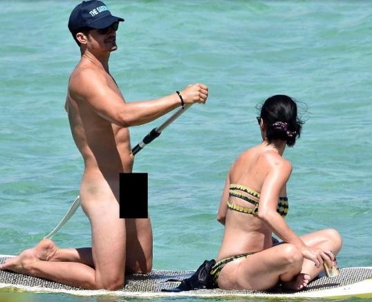 А как же шорты: сеть взорвали фото голого Орландо Блума на пляже