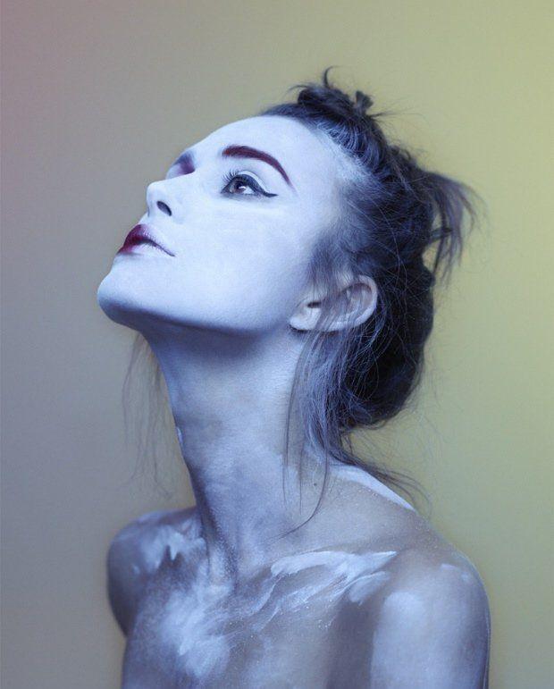Кира Найтли снялась в новой оригинальной фотосессии