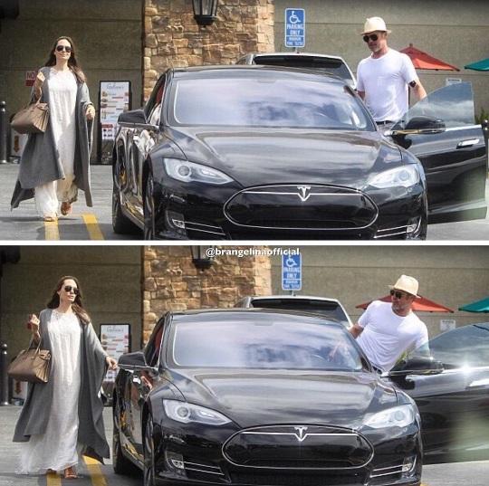 Анджелина Джоли и Брэд Питт впервые за долгое время вышли в свет