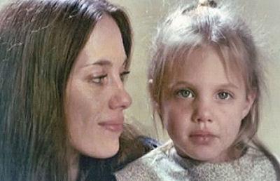 Анджелина Джоли тоскует по покойной маме