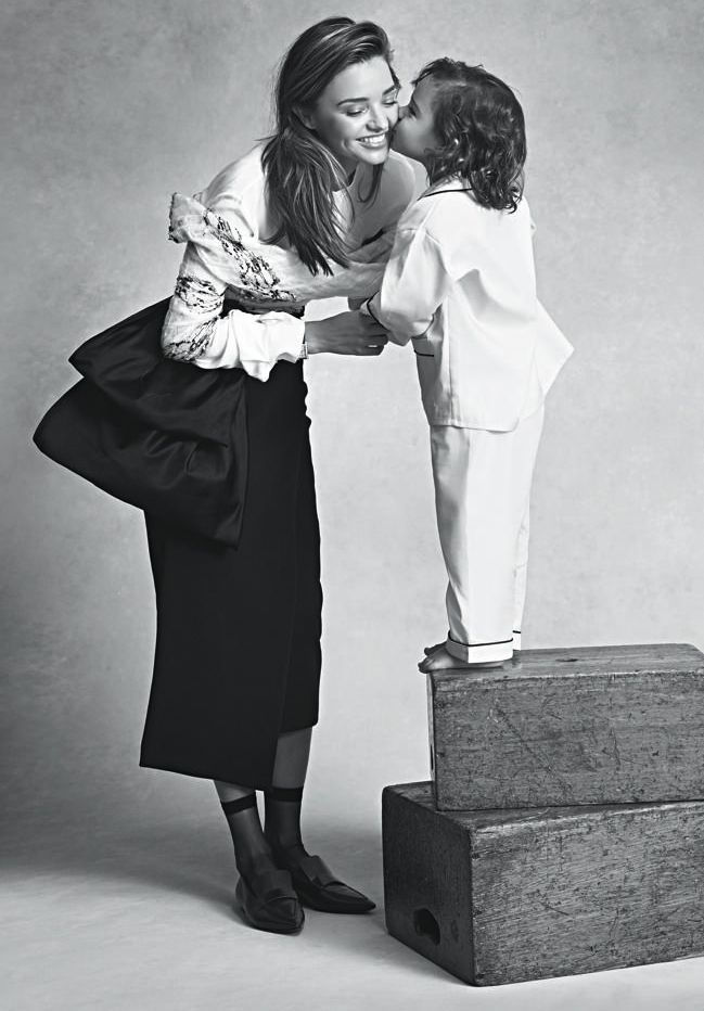 Миранда Керр снялась в гламурной фотосессии с сыном