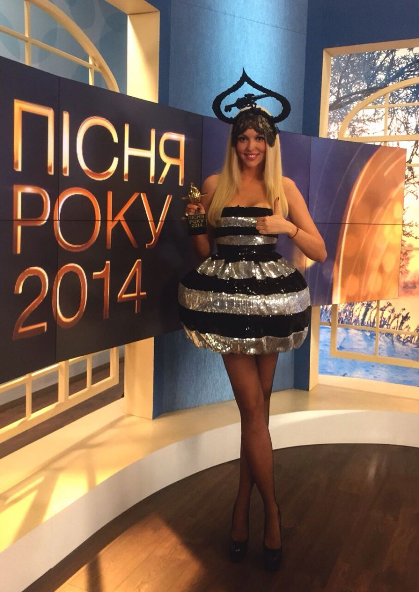 Оля Полякова приобрела формы Ким Кардашьян