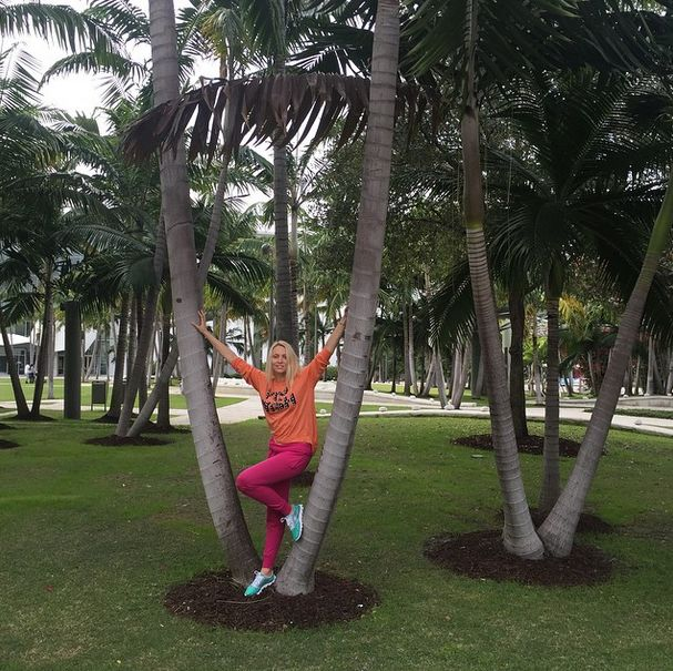 Оля Полякова устроила в Майами вечеринку