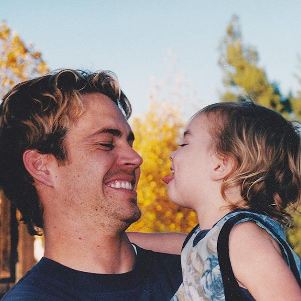 Дочь Пола Уокера показала трогательное фото с погибшим отцом