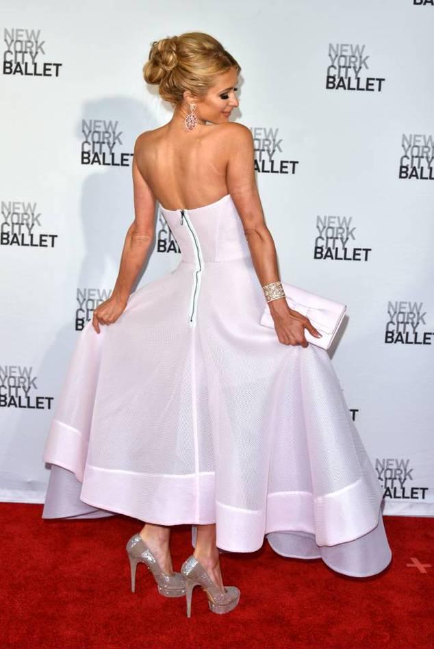 Настоящая принцесса: Пэрис Хилтон покорила публику нежным нарядом