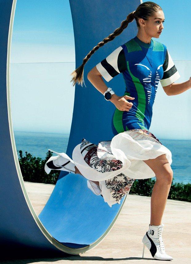 Прыжки на каблуках: Джиджи Хадид снялась в спортивной фотосессии для Vogue