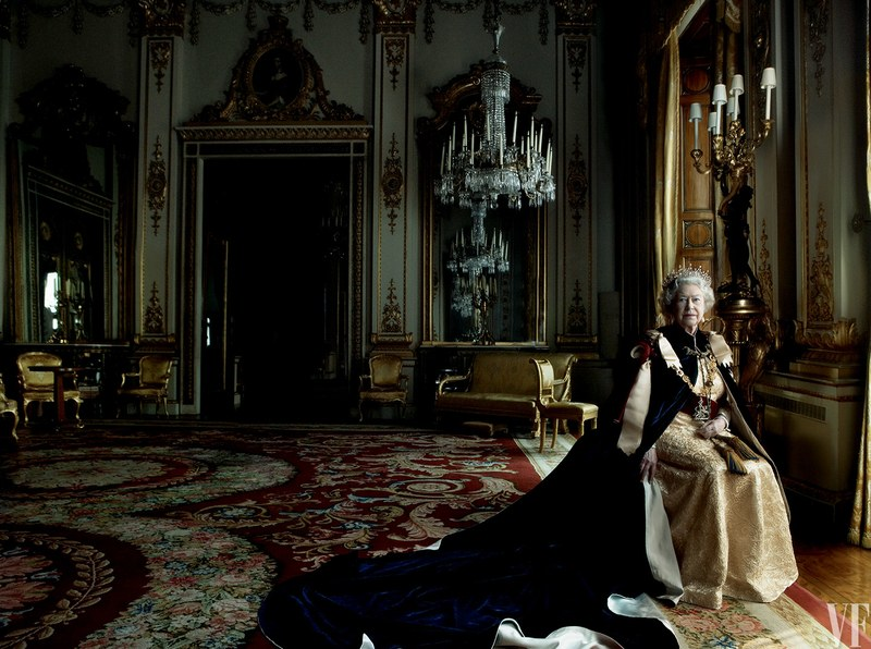 Королева Елизавета II снялась для обложки глянца
