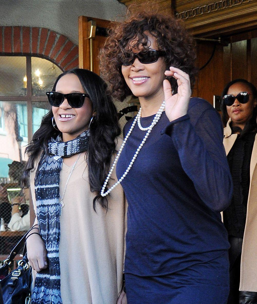 Bobbi Kristina expressed a desire to kill Whitney Houston Photos of whitney houston and bobbi kristina