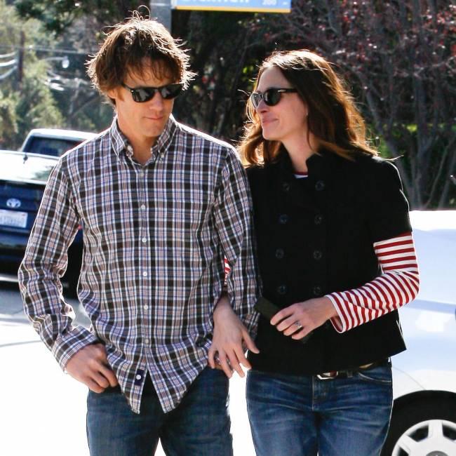 СМИ: Джулия Робертс разводится с мужем