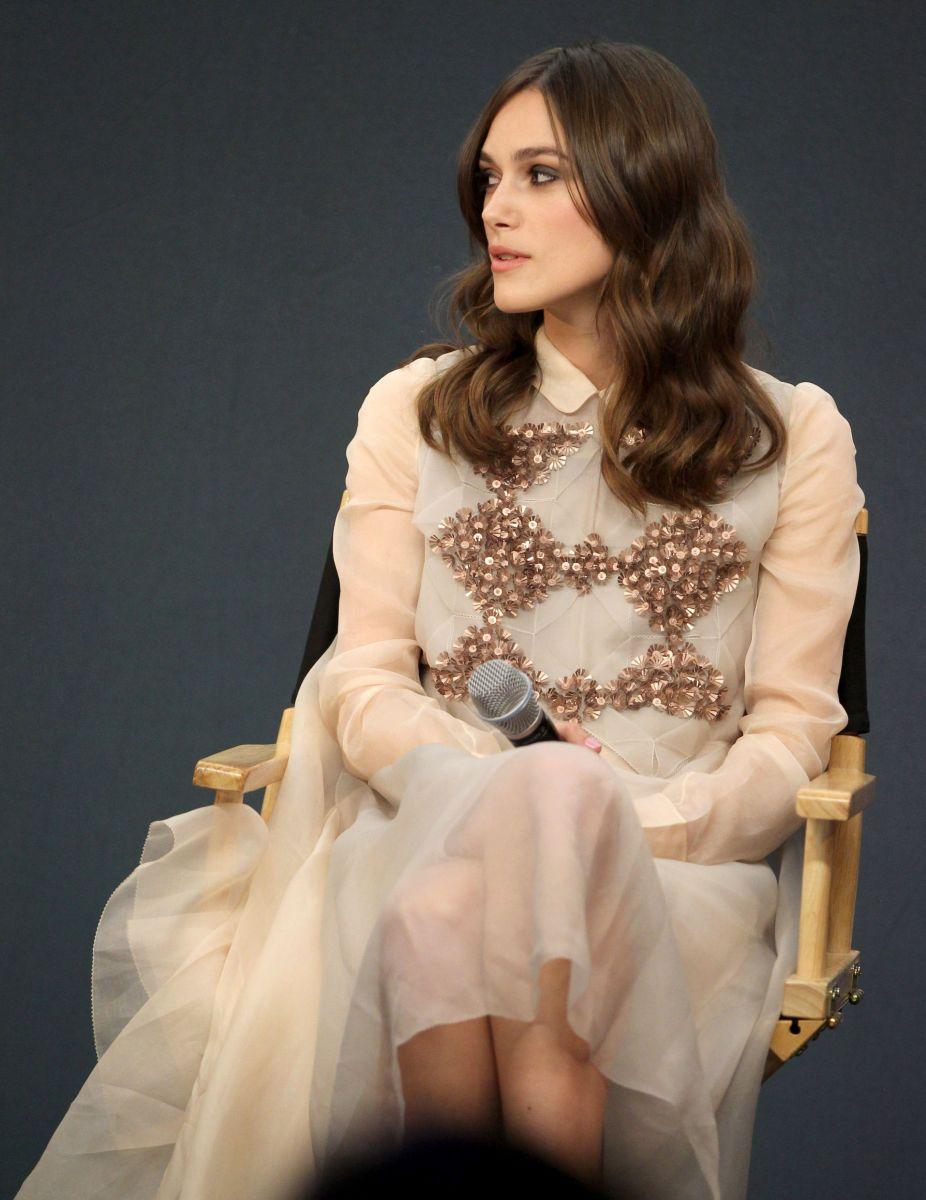 Кира Найтли сразила наповал своими роскошными платьями