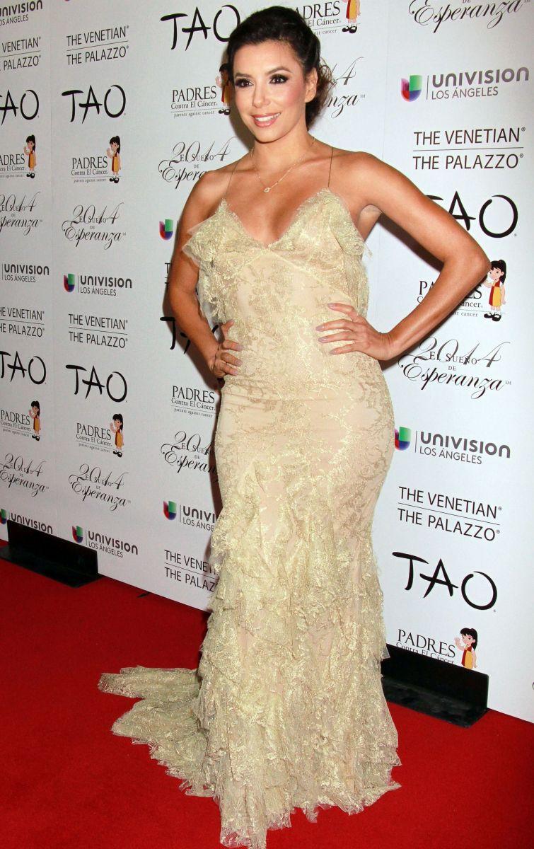 Ева Лонгория блистает в роскошном платье