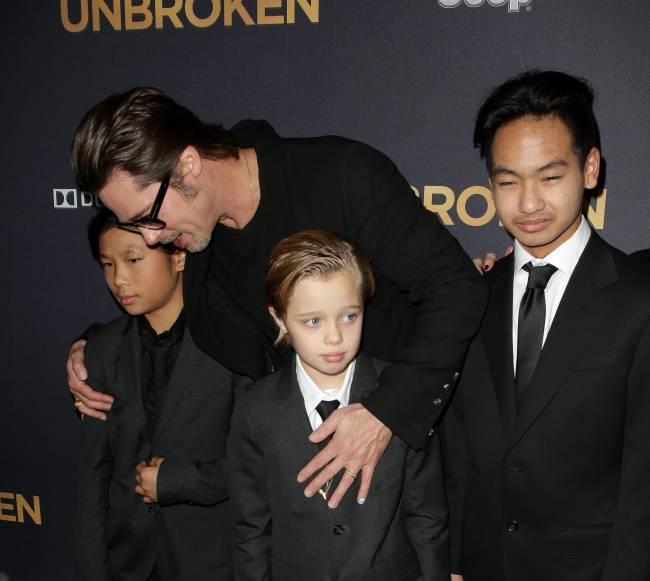 Полиция Лос-Анджелеса опровергла информацию о следствии над Брэдом Питтом из-за жестокого обращения с детьми
