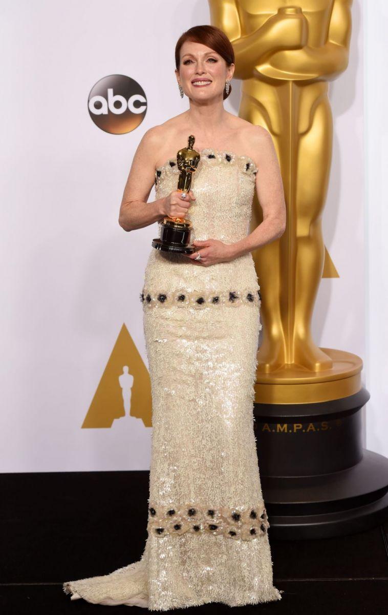 Джулианна Мур на церемонии Оскар 2015