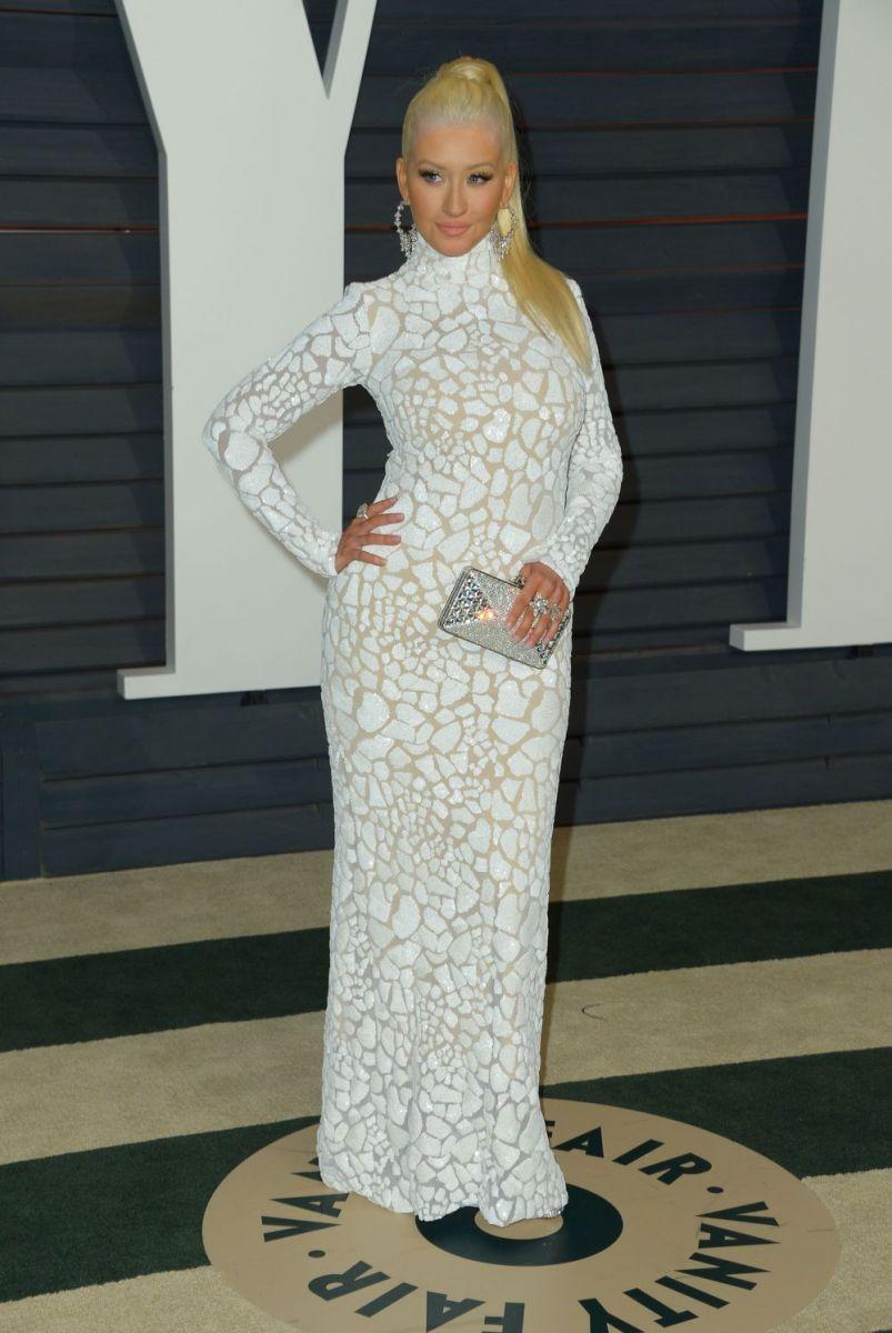 Кристина Агилера произвела фурор на оскаровской вечеринке Vanity Fair