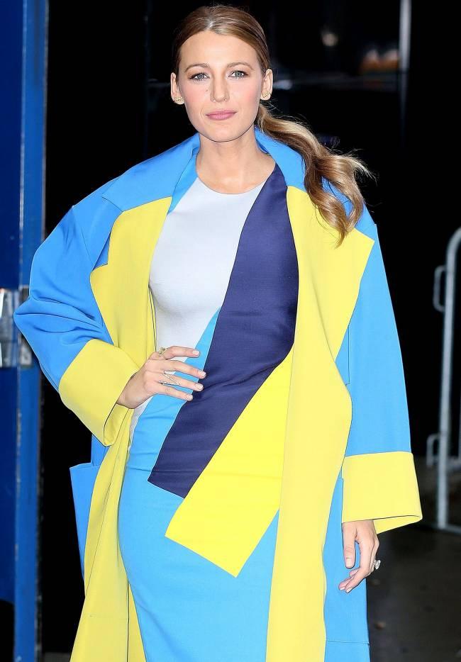 Голливуд по-украински: Блейк Лайвли появилась на публике в желто-синем наряде