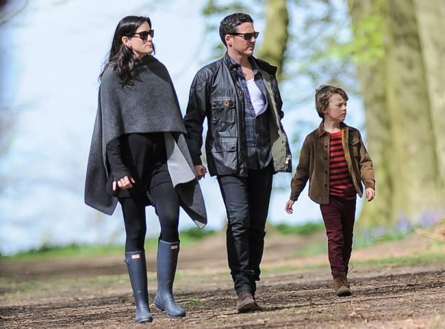 Звездный уикенд: Кейт Мосс и Лив Тайлер вместе отдохнули на природе