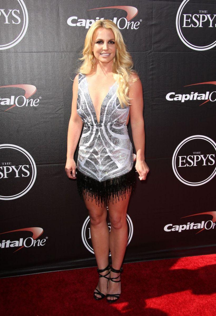 Бритни Спирс в новом платье