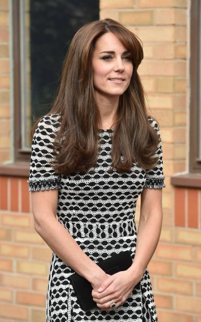 Встреча со студентами: Кейт Миддлтон и принц Уильям посетили Колледж Харроу
