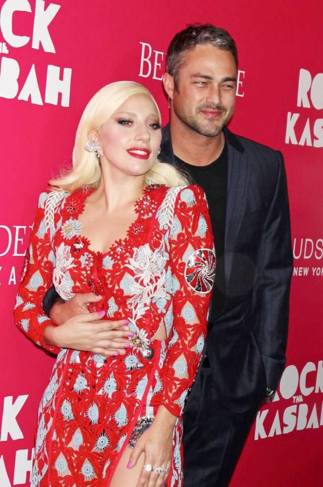 """Леди Гага: """"Быть женщиной в шоу-бизнесе очень трудно!"""""""