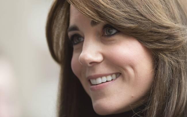 Не оторвать глаз: Кейт Миддлтон покоряет идеальной красотой на новых снимках