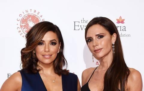 Лучшие подруги: Виктория Бекхэм и Ева Лонгория блистают на гала-вечере в Лондоне