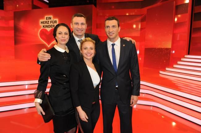 Впервые за долгое время Хайден Панеттьери и Владимир Кличко вышли в свет вместе