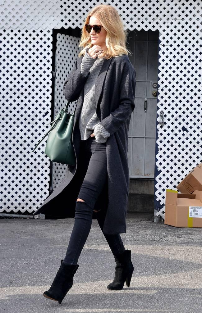 Всегда прекрасна: Роузи Хантингтон-Уайтли демонстрирует отменный casual-стиль