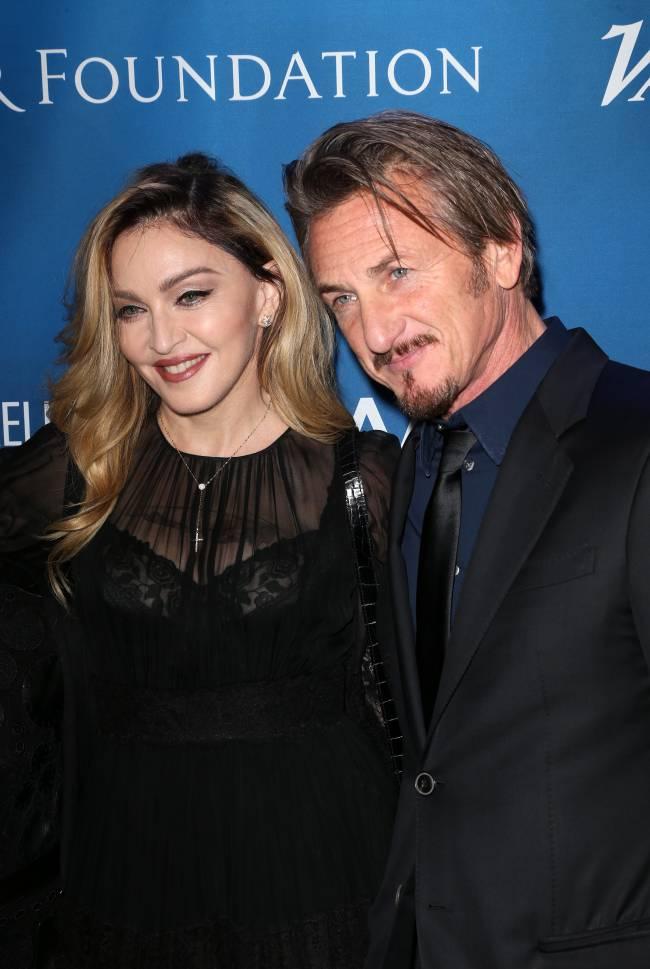 Шон Пенн изменяет Мадонне с Наоми Кэмпбелл - СМИ
