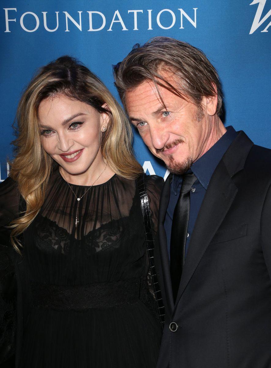 Мадонна сделала предложение руки и сердца своему бывшему мужу Шону Пенну