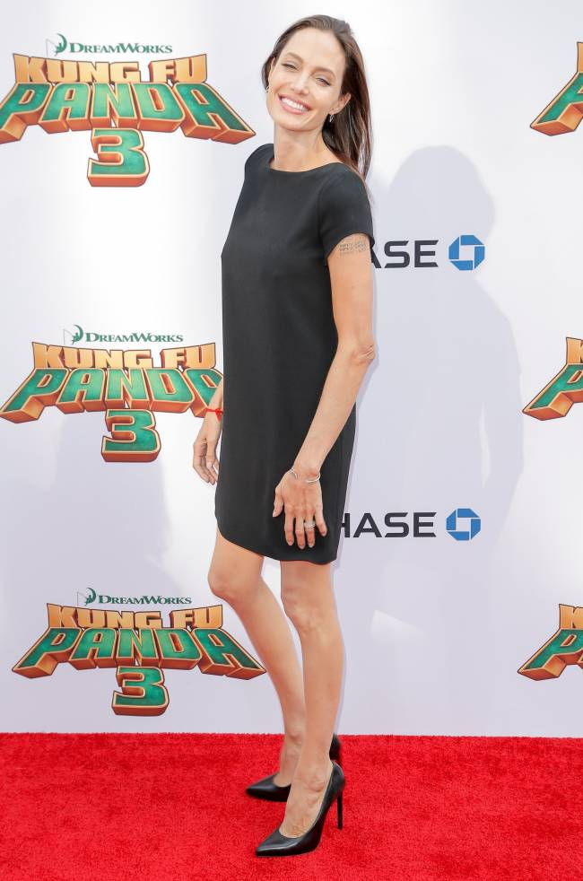 Анджелина Джоли шокировала публику болезненной худобой