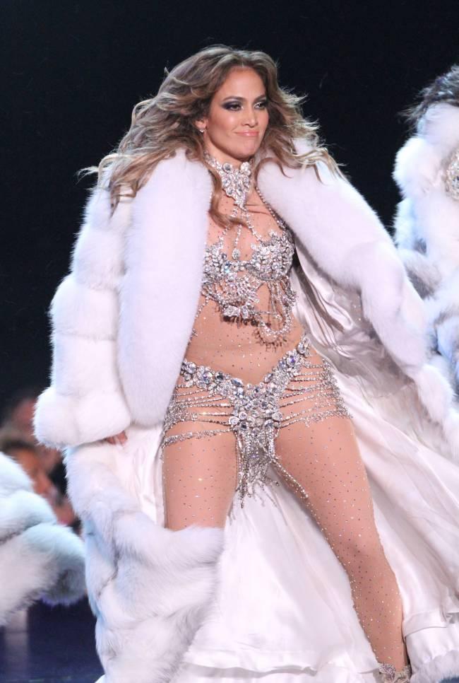 Дженнифер Лопес признана самой сексуальной женщиной мира по версии Victoria's Secret