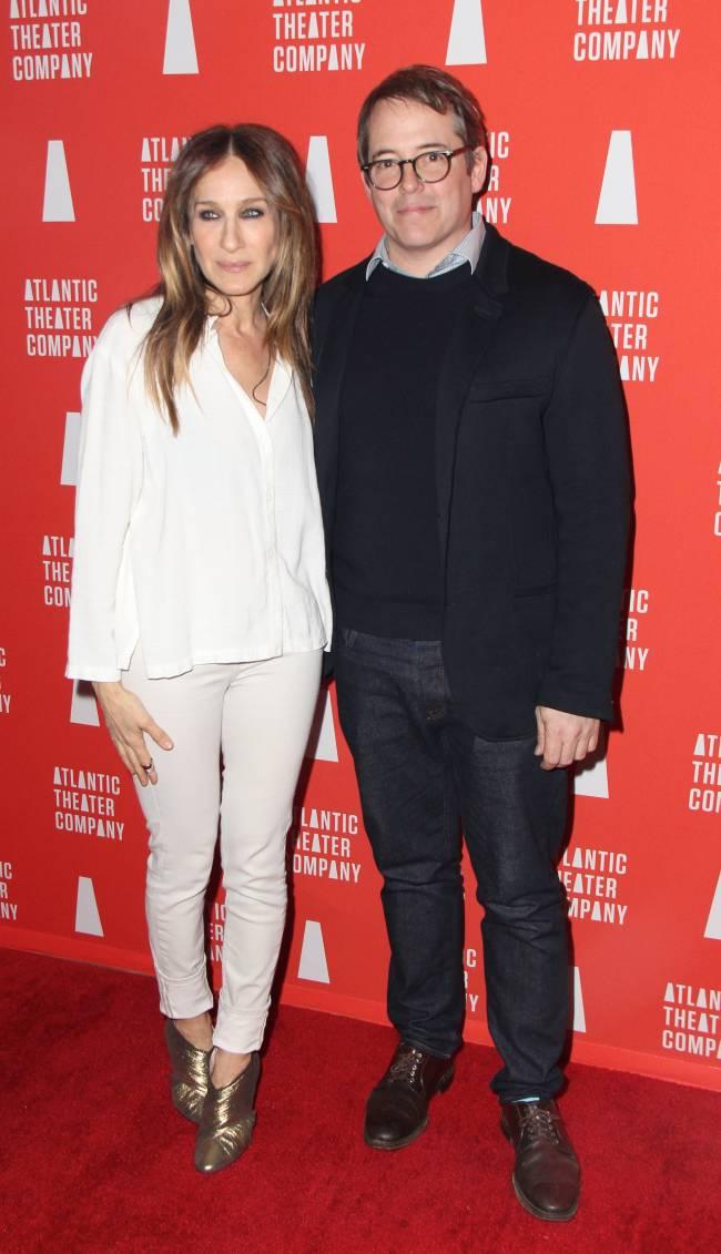Стильный выход: Сара Джессика Паркер и Мэттью Бродерик блистают на премьере спектакля