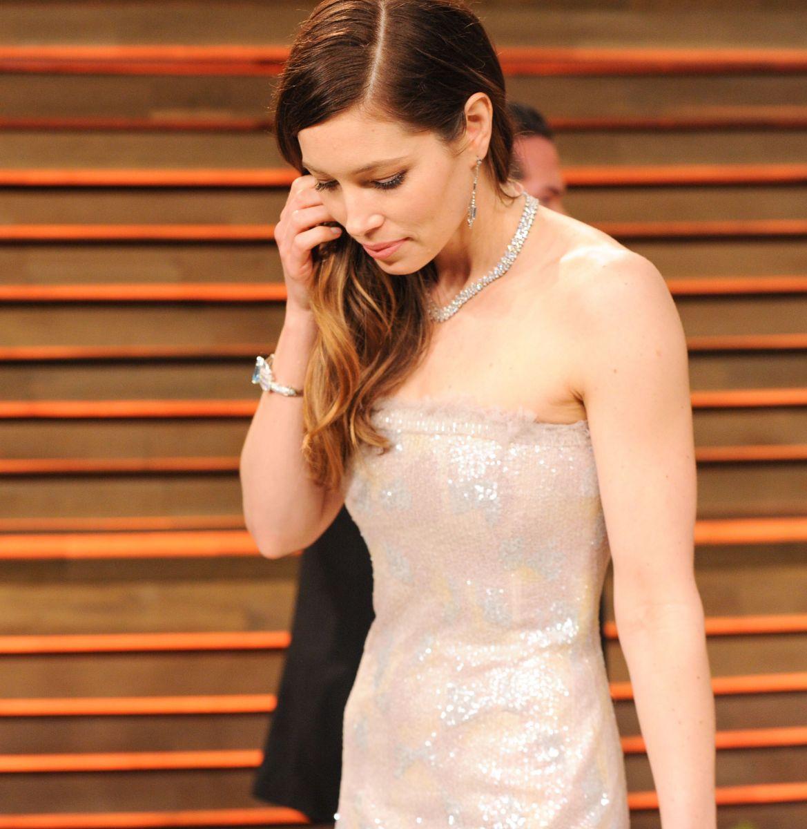 """Шик и блеск: ТОП-10 самых дорогих платьев за всю историю """"Оскара"""""""