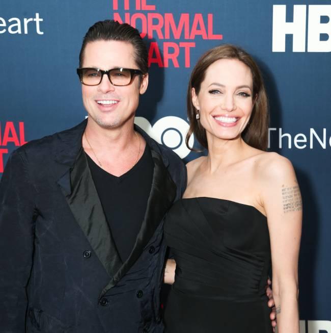 Интересный факт: за несколько месяцев до развода Анджелина Джоли и Брэд Питт сделали огромные парные татуировки