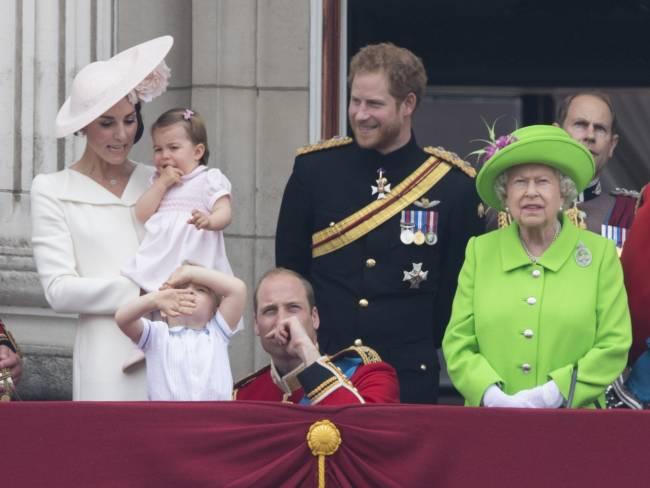 Дебютный выход: принцесса Шарлотта впервые появилась на публике