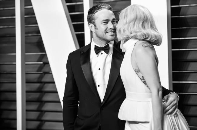 Официально: Леди Гага и Тэйлор Кинни больше не вместе