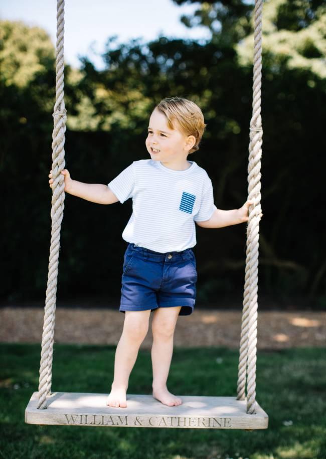 В честь 3-го дня рождения в сети появились новые фото принца Джорджа