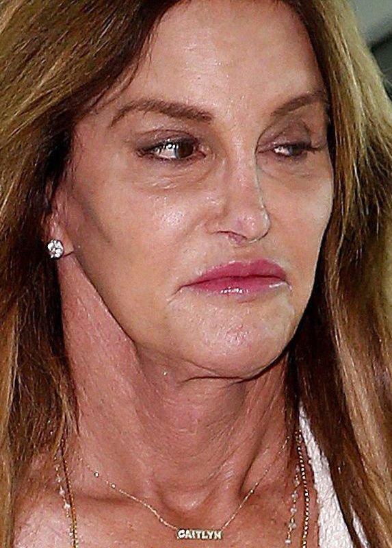 Мадам недовольство: сеть взорвали снимки возмущенной Кейтлин Дженнер
