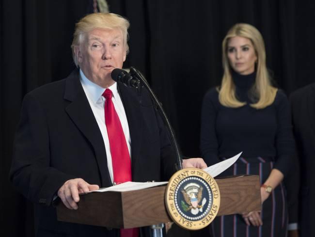 Официально: Иванка Трамп поступит на службу советника президента США