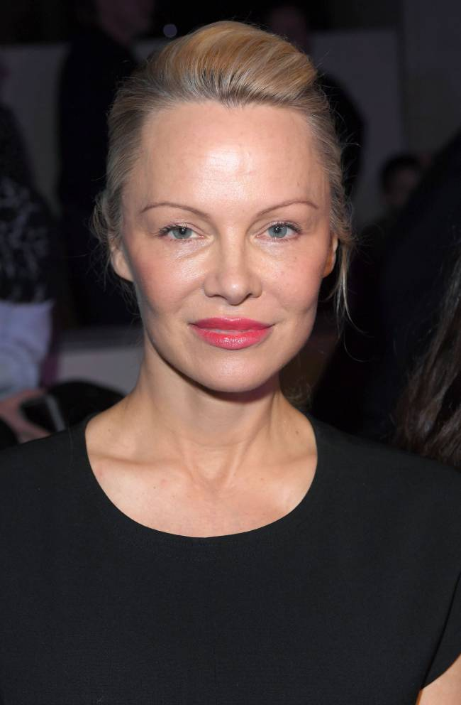 Памела Андерсон появилась на светском мероприятии без макияжа