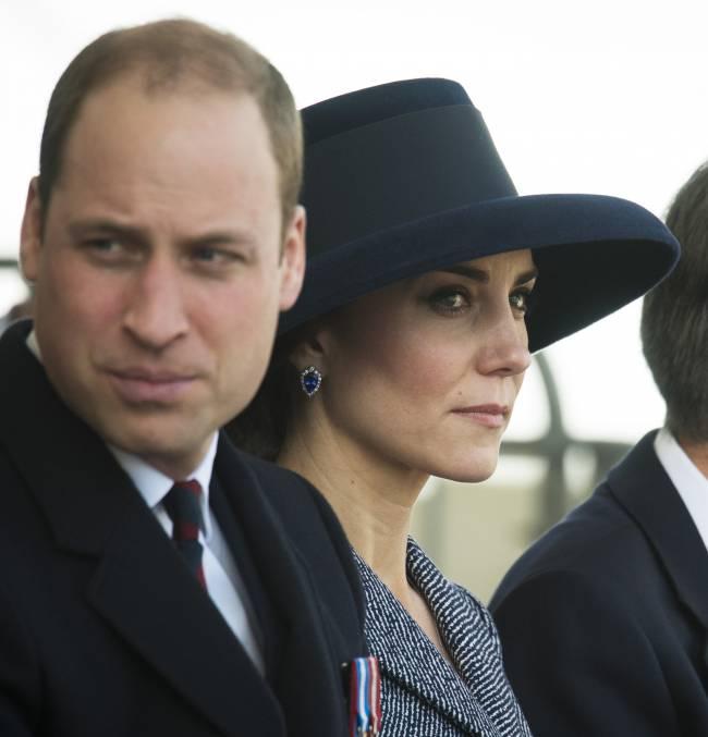Принц Уильям повеселился в ночном клубе с красоткой-моделью: а как же Кейт Миддлтон?