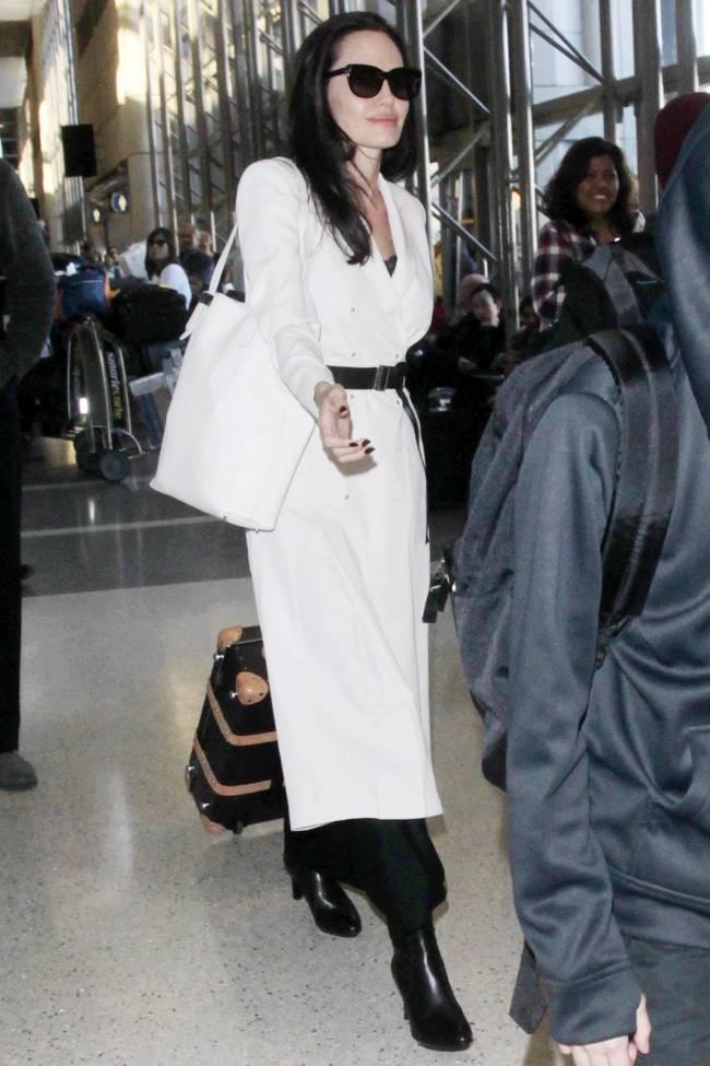 Дождались: Анджелина Джоли и Брэд Питт наконец начали общаться